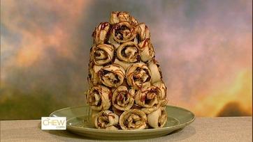 Carla\'s Cinnamon Roll Tree Recipe - 1