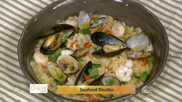 Scott Foley makes Seafood Risotto: Part 1