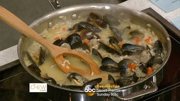 Scott Foley makes Seafood Risotto: Part 2
