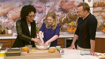 Gillian Jacobs\' Cheddar Apple Crumble: Part 2