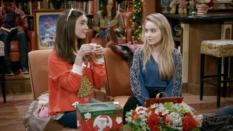 S3 E18: Girl Meets A Christmas Maya