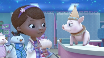 S4 E9: Toy Hospital: Nikki\'s Night in the E.R. / Royal Buddies