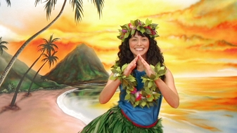 S3 E24: Aloha Nina