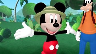 Mickey and Minnie\'s Jungle Safari