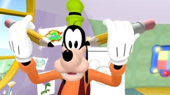 Mickey\'s Art Show