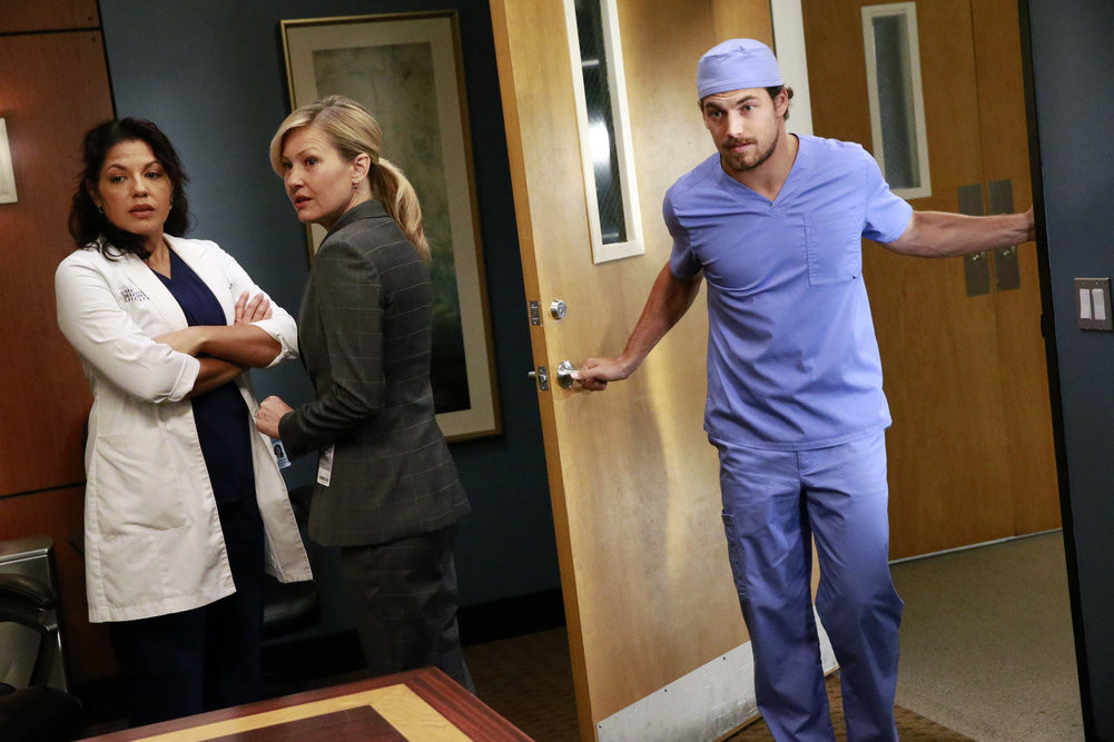 Grey\'s Anatomy Season 12 Premiere Sneak Peeks: Sledgehammer | Grey\'s ...