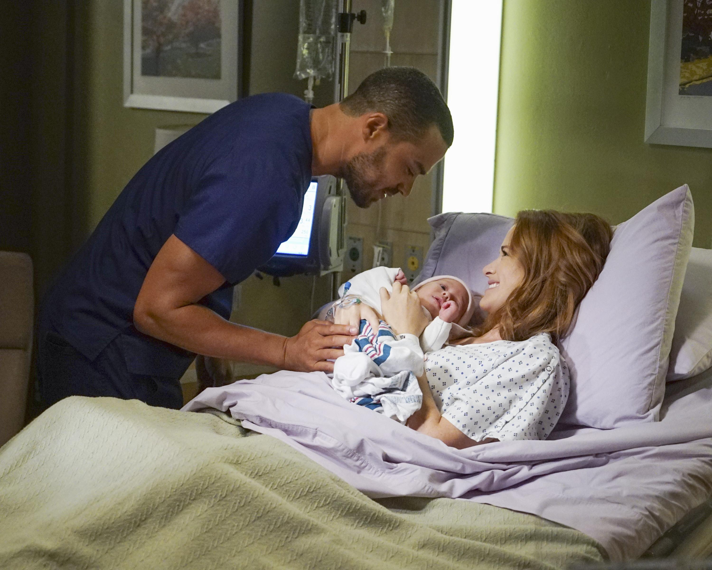 Greys Anatomy Season 13 Premiere Sneak Peek Undo Greys Anatomy