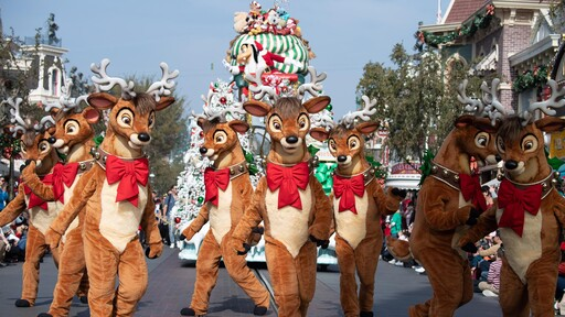 Watch the Disney Parks Magical Christmas Day Parade on the ABC app!   ABC Updates