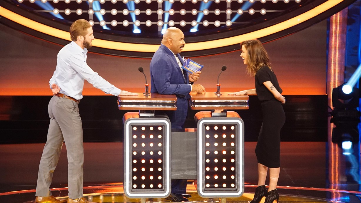 Watch Celebrity Family Feud Season 2 Episode 06 Bachelors vs Bachelorettes and Indy Car Drivers