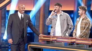 Watch Celebrity Family Feud TV Show - ABC com