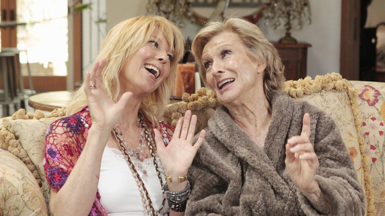 Watch Celebrity Wife Swap Season 4 Episode 08 Cloris Leachman/Pia
