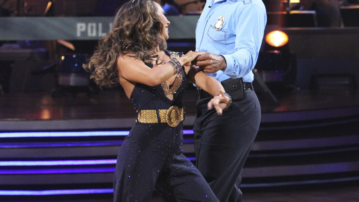 Watch Dancing with the Stars Season 11 Episode 09 Performance Show