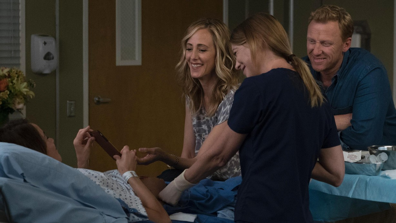 Watch Grey\'s Anatomy Season 14 Episode 01 Season 14 Premiere: Break ...