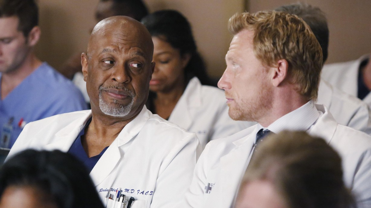 Watch Grey\'s Anatomy Season 11 Episode 13 Staring at the End Online