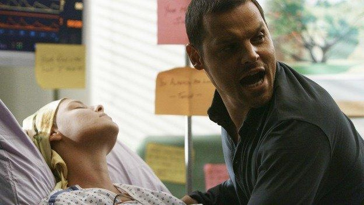 Watch Grey\'s Anatomy Season 5 Episode 24 Now or Never Online