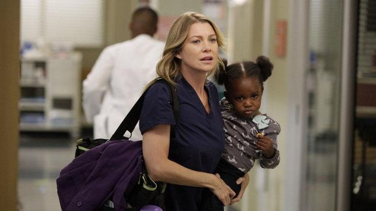 Watch Grey\'s Anatomy Season 9 Episode 05 Beautiful Doom Online