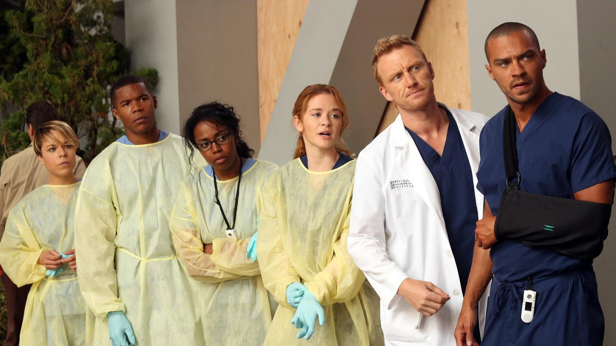Watch Grey\'s Anatomy Season 10 Episode 01 Seal Our Fate Online