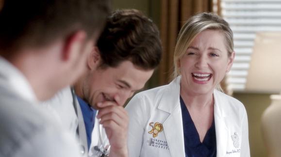 WATCH: Season 12 Blooper Reel Video | Grey\'s Anatomy