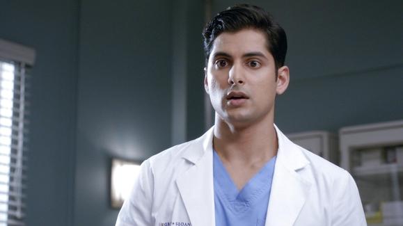 Watch Grey\'s Anatomy: B-Team Season 1 Episode 03 Episode Three Online