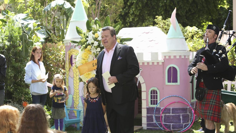 Modern Family Larrys Wife Watch Season 5 Episode 03