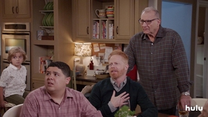 where to watch modern family for free
