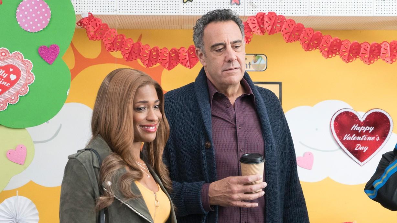 Watch Single Parents Season 1 Episode 15 A Cash-Grab ...