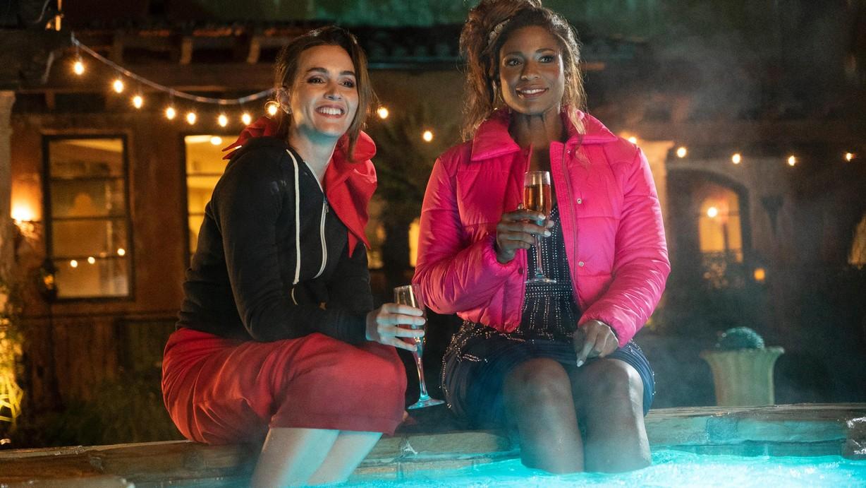 Watch Single Parents Season 1 Episode 18 A Radiant Cloak ...
