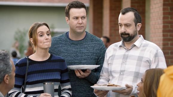 Watch Single Parents Season 1 Episode 13 Graham D'Amato ...