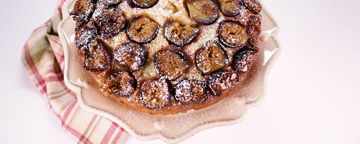 Fresh Fig Cake Sour Cream