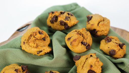 pumpkin chocolate cookie