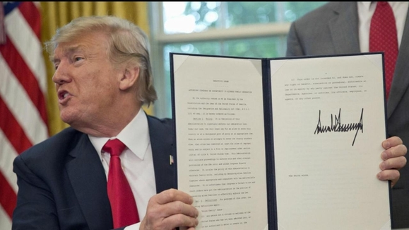 World News Tonight with David Muir: 06/20/18: Trump Signs ...Trump Executive Order Tonight