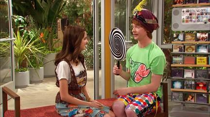 Watch Austin & Ally TV Show | Disney Channel on DisneyNOW