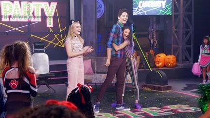 Watch Zombies Tv Show Disney Channel On Disneynow