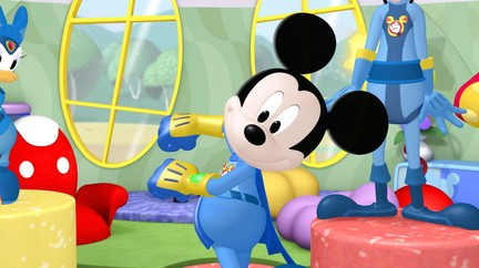 mickey mouse clubhouse donald jr hot dog dance