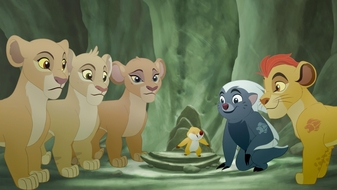 The Lion Guard S2 E17: The Scorpion's Sting | WatchTLG