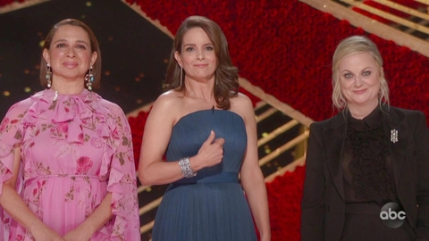 Image result for tina fey amy poehler oscars 2019